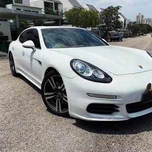 59 Porsche Panamera 3.0 Turbo
