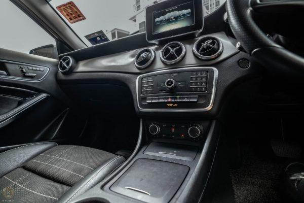 Rent a Mercedes GLA200 in KL/Malaysia