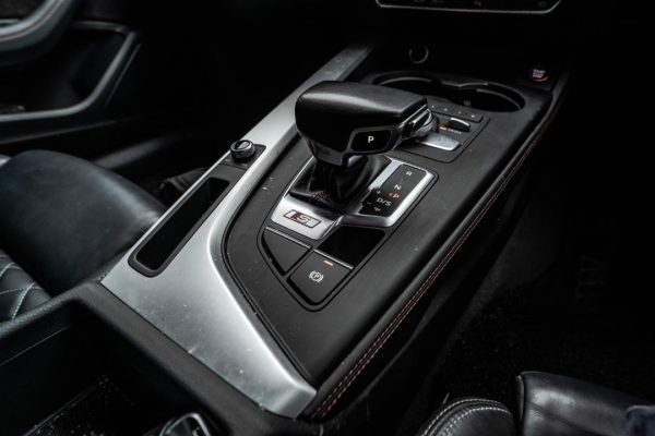 Rent a Audi S5 3.0 New Facelift in KL/Malaysia